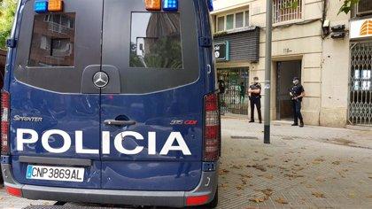Detenidos dos hombres tras resultar heridos por destrozar vehículos después de entrar irregularmente en Melilla