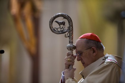 Los obispos celebran hoy una misa funeral en la Almudena por las víctimas con la presencia de los Reyes