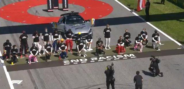 Fórmula 1/GP Austria.- Los pilotos se unen contra el racismo; Sainz y otros cinc