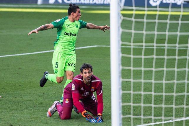 Fútbol/Primera.- (Crónica) El Leganés no tira la toalla y el Getafe no puede en