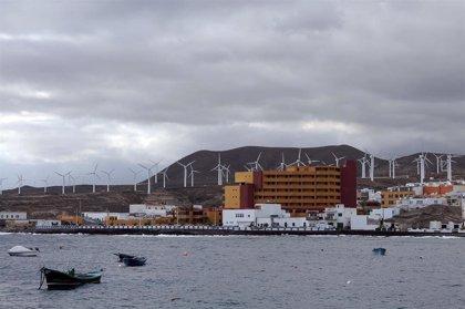 Las islas acelerarían a 2040 su descarbonización con inversiones de 30.000 millones, según Endesa y Deloitte