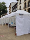 Instalan carpas en Ordizia para realizar test ante el foco de covid-19 detectado en el municipio guipuzcoano