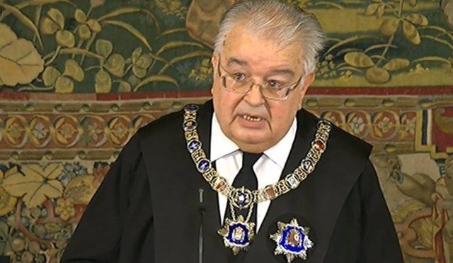 El presidente del TC apela a la lealtad institucional y el sometimiento a la ley