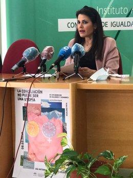La asesora de programa del IAM en Málaga, María Encarnación Santiago.