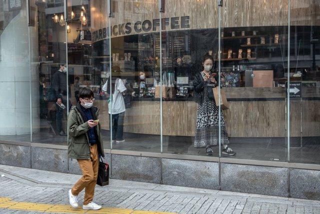 Coronavirus.- Tokio registra 102 casos de coronavirus en el quinto día consecuti