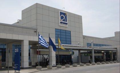 Grecia confirma que autorizará los vuelos provenientes de Reino Unido a partir del 15 de julio