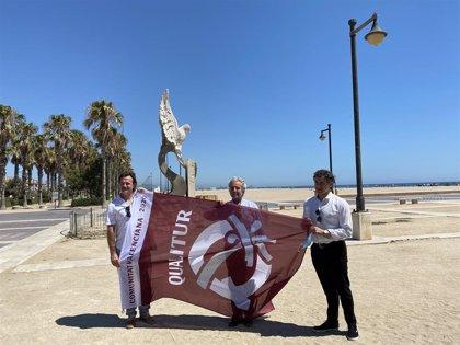 """Colomer defiende las playas de la Comunitat como """"principal"""" recurso turístico en un año """"atípico y diferente"""""""
