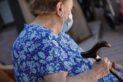 Los mayores en residencias merecen un estudio específico, según directora del Centro Nacional de Epidemiología
