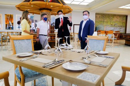El Cabildo de Tenerife muestra su respaldo al sector turístico tras la reapertura de fronteras