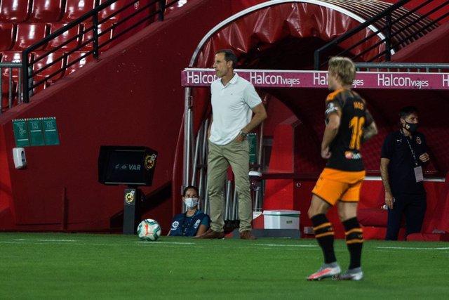 Fútbol/Primera.- (Previa) El Valencia sigue buscando el 'efecto Voro' ante un Va