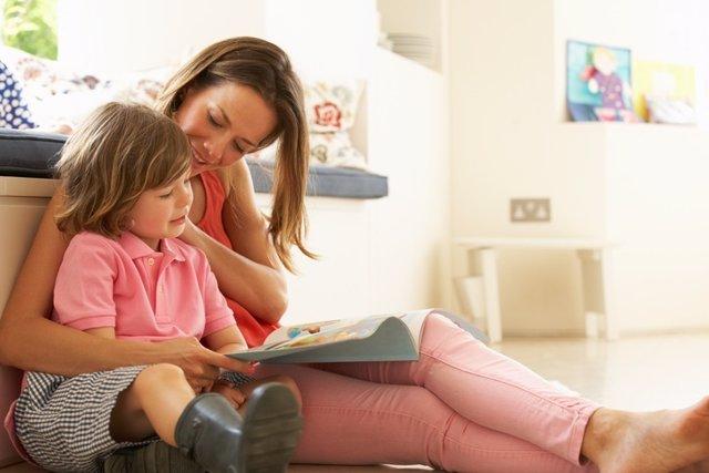 Madre e hijo, leer, lectura