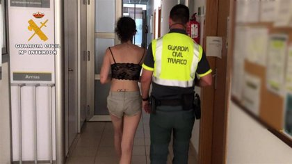 Detenida en La Rioja por conducir sin carné, sin cinturón y bajo los efectos de cuatro drogas
