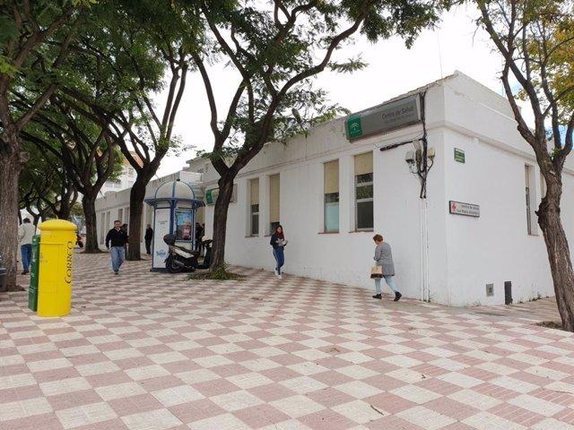 Imagen de archivo del centro de salud de San Pedro Alcántara, en Marbella