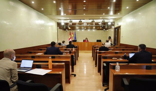 Comisión de Sanidad en las Cortes de C-LM.