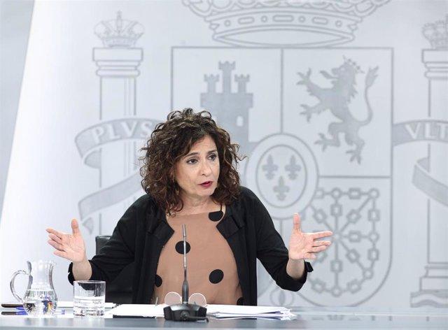 La ministra portavoz y de Hacienda, María Jesús Montero, durante su comparecencia en rueda de prensa posterior al Consejo de Ministros celebrado en Moncloa, Madrid (España), a 30 de junio de 2020.