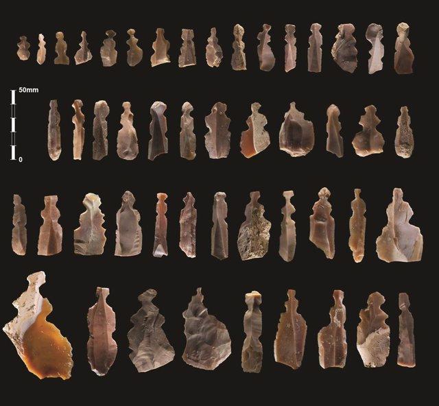 Conjunt de figuretes de sílex que s'han descobert a Kharaysin (Jordània)