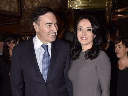 Pedro J. Ramírez y Cruz Sánchez presumen de amor en la noche madrileña