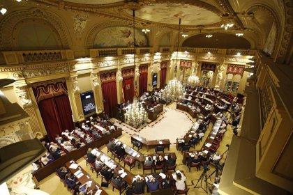 El Parlament expresa su rechazo a la ampliación del aeropuerto de Palma