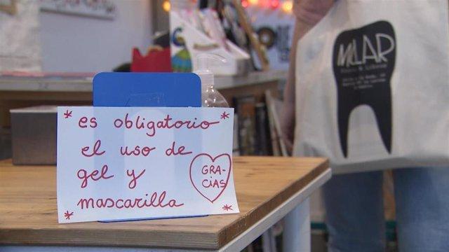 La tienda Molar Discos y Libros reabre sus puertas tras el pase de fase de Madrid.