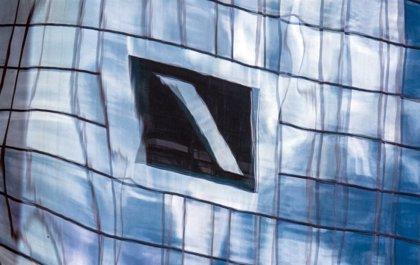EEUU.- Nueva York multa con 133 millones a Deutsche Bank por fallos al supervisar cuentas de Jeffrey Epstein