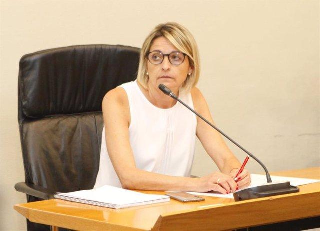 La diputada socialista Pilimar Zamora coordina la Comisión especial de estudio para la reestructuración de la red de residencias de personas mayores de Aragón.