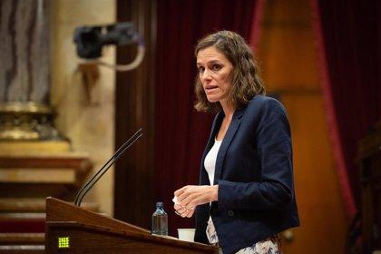 """El PP acusa al Govern de excluir a los ancianos del sistema sanitario: """"Los abandonaron"""""""