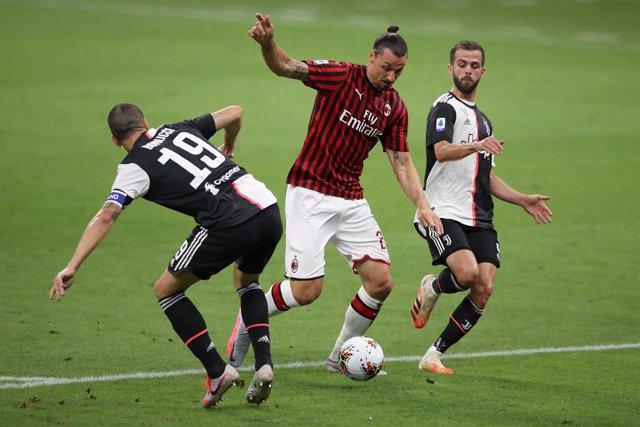 Fútbol/Calcio.- (Crónica) El Milan remonta a la Juve en seis minutos y deja todo
