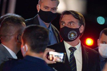 Coronavirus.- Anuncian una demanda contra Bolsonaro por un delito contra la salud pública