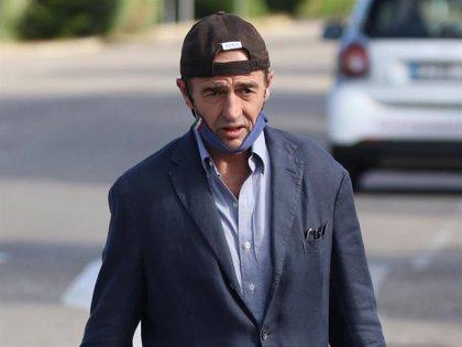 Alessandro Lequio, ajeno al accidente  que le ha desfigurado el rostro a Antonia Dell'ate