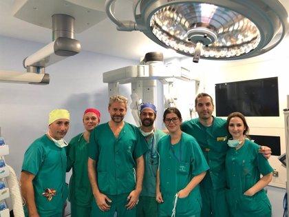 El Hospital Reina Sofía de Córdoba aplica por primera vez en Andalucía la cirugía robótica en el cáncer de laringe