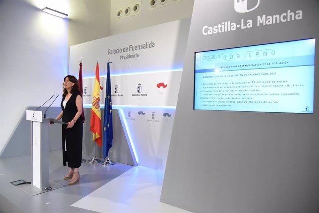 La portavoz del Gobierno regional, Blanca Fernández, en rueda de prensa.