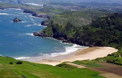 Llanes, Oviedo y Riaza, elegidos los destinos más familiares del año en España