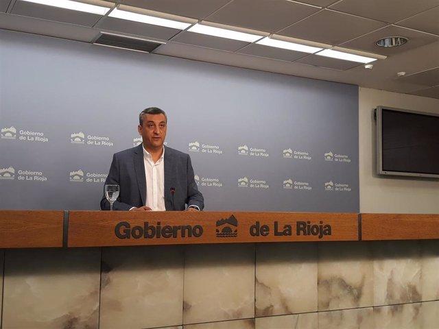 El portavoz del Gobierno riojano, Chus del Río, en compaecencia de prensa del Consejo de Gobierno