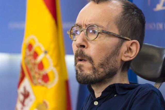 El portavoz de Unidas Podemos en el Congreso, Pablo Echenique, durante la rueda de prensa