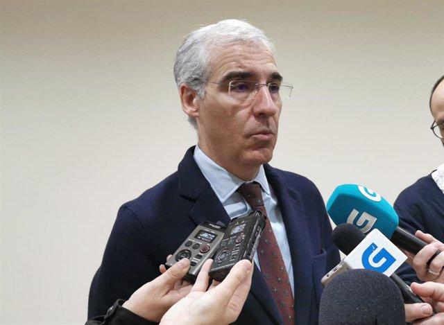 El conselleiro de Economía, Emprego e Industria, Francisco Conde, en una imagen de archivo compareciendo ante los medios