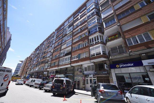 Edificio de la calle Nicolás Salmerón puesto en cuarentena