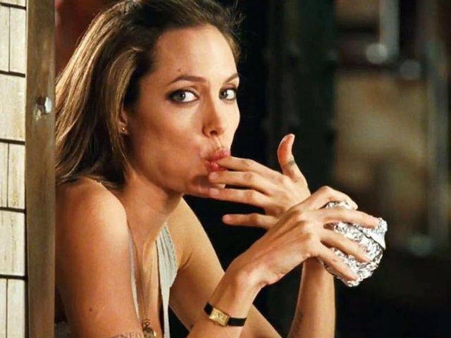 Angelina Jolie en la película 'Wanted', fotograma.