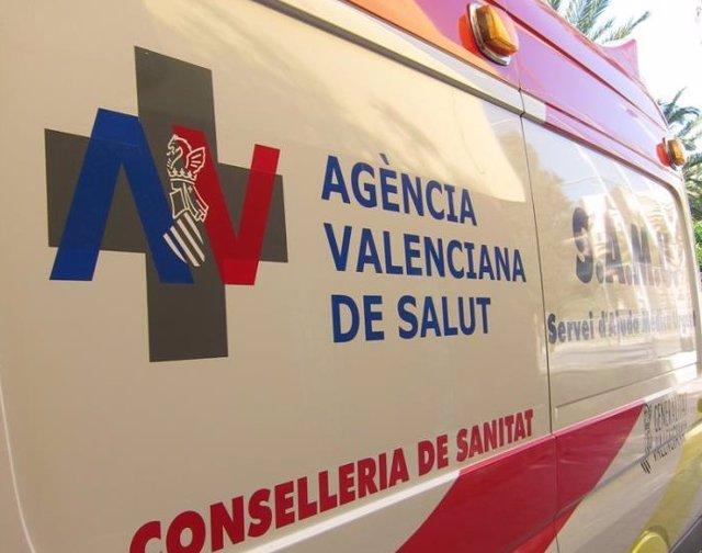 Imatge d'una ambulància de la Conselleria de Sanitat