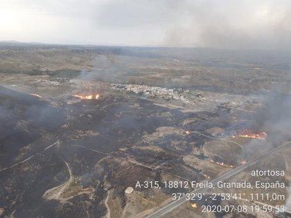 Declarado un incendio forestal en un paraje de Freila (Granada)