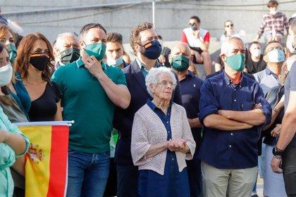 """Vox aspira a entrar en el Parlamento para """"vigilar"""" a Feijóo, que """"solo mira"""" a la izquierda y el nacionalismo"""