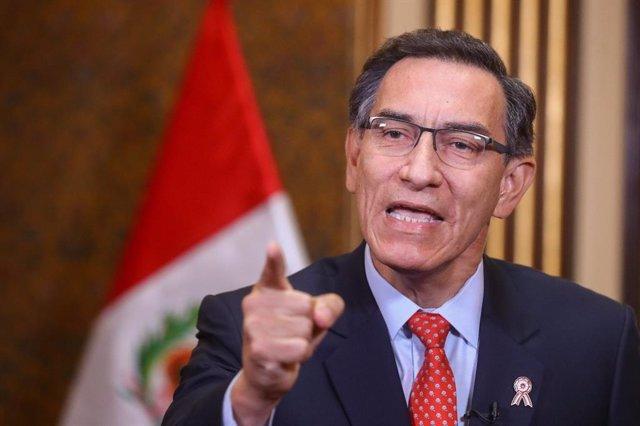 Perú.- El presidente Vizcarra convoca elecciones generales para abril de 2021