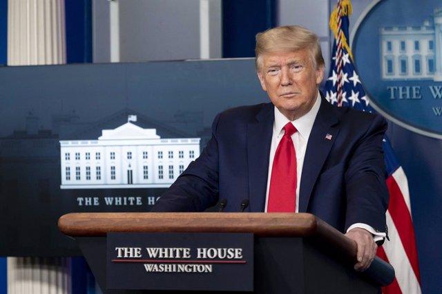 Coronavirus.-Trump rechaza públicamente las recomendaciones de los CDC para reab