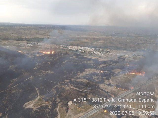 Incendio forestal en Freila (Granada)