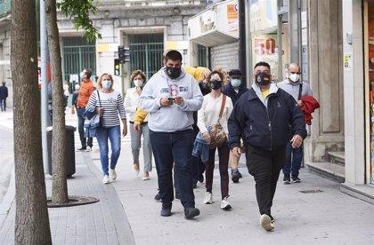 Cantabria estudia decretar el uso obligatorio de mascarilla