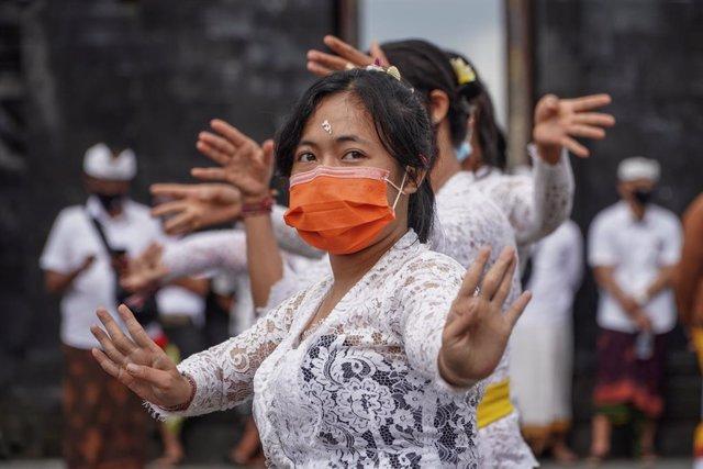 Coronavirus.- Indonesia registra récord diario de casos con 2.600 más