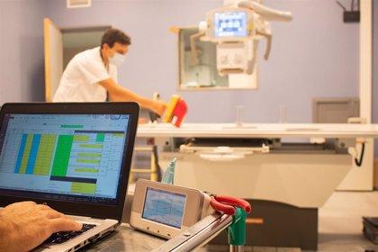 Hospital Virgen Rocío de Sevilla estrena una nueva sala de Rayos X Digital en las Urgencias del Hospital General