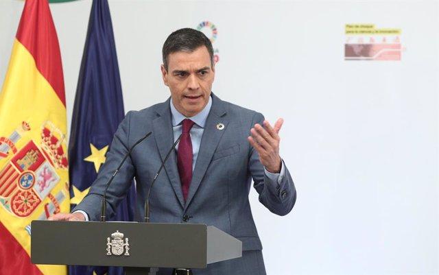 El presidente del Gobierno, Pedro Sánchez, interviene durante la presentación del Plan para reforzar el sistema de Ciencia, Tecnología e Innovación, en Moncloa, Madrid (España), a 9 de julio de 2020.