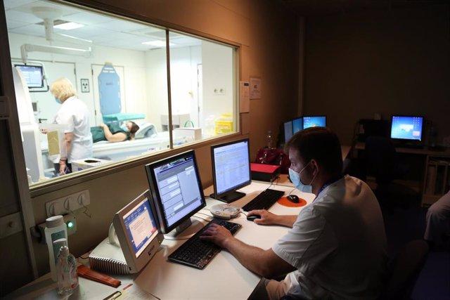 Vall d'Hebron avalua un programari d'intel·ligència artificial per accelerar el diagnòstic