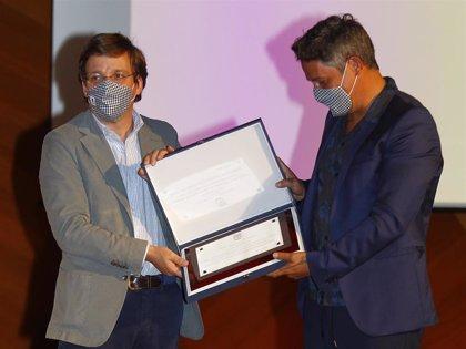 Alejandro Sanz es reconocido profesionalmente por la Comunidad de Madrid