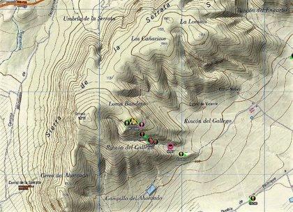Efectivos de Infomur controlan un incendio forestal provocado por un rayo en La Serrata de Caravaca